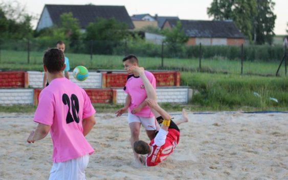 Beach Soccer: Mecz towarzyski LKS Feniks z Jutrzenką Drzewce