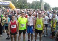 Podium biegaczy Feniksa w II Półmaratonie w Piotrkowie Tryb.