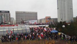 Zawodnik Feniksa na Biegu Niepodległości w Warszawie