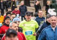 Biegacz Feniksa na 12. PZU Półmaratonie Warszawskim